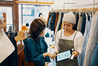 Bringing the digital experience into the store can be used to facilitate a personalized engagement